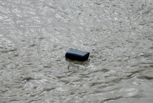Floating Travel