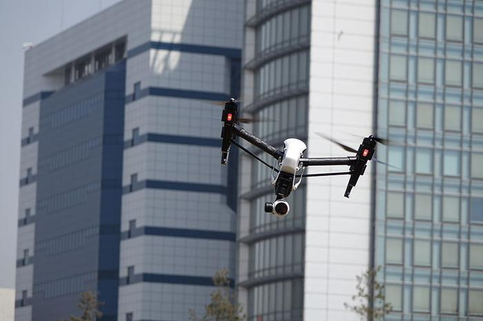 drone-downtown-wikimedia-commons_large