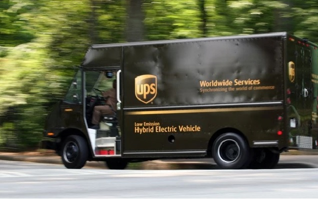 UPS Package Car