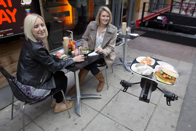 TRACKIMO-FI-Drones-Act-as-Waiters-in-Cafe