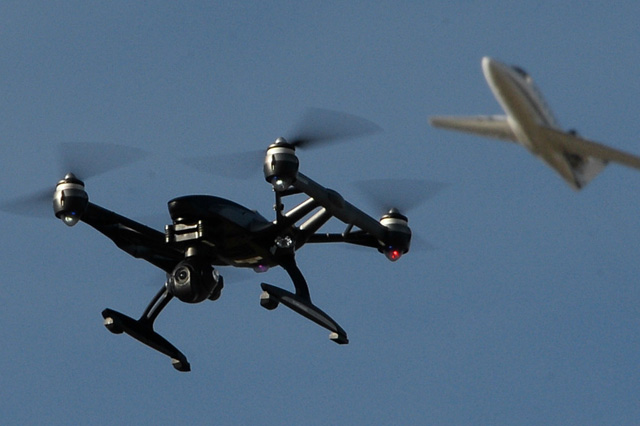 TRACKIMO-FI-Plane-Crashes-Caused-By-Drones-Imminent
