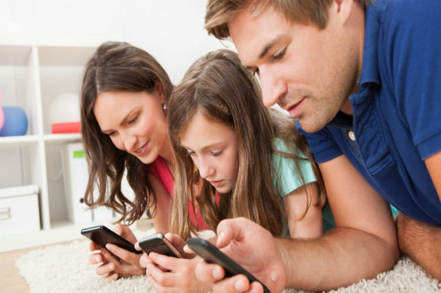 Family on Cell Phones