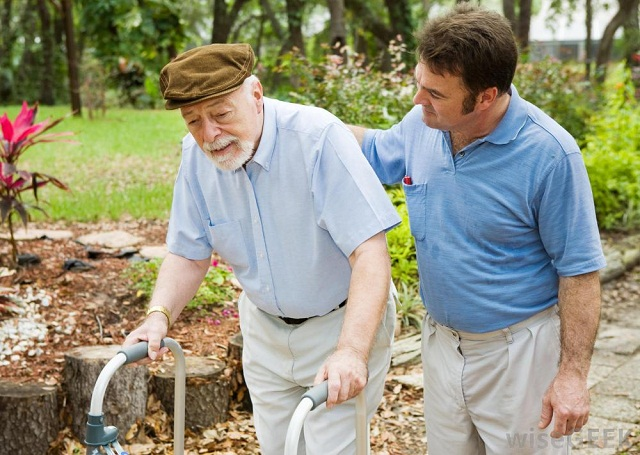 4 - How Real-Time Trackers Promote Safety for Seniors