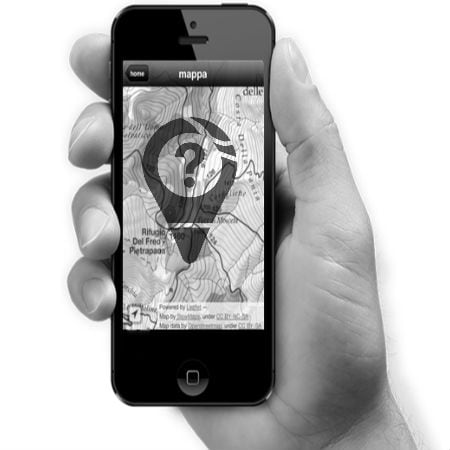 Guide to Using GPS Maps on iPhone 4