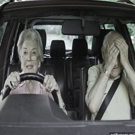 Importance of GPS for Elderly Motorists