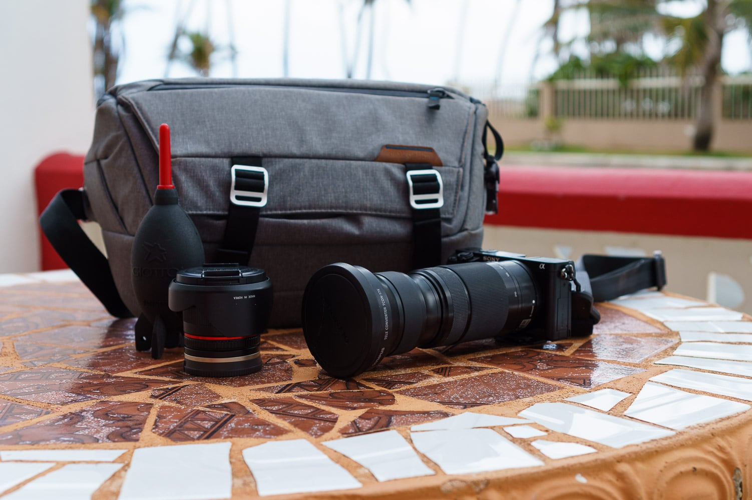 the-best-mirrorless-camera-bag-for-travel