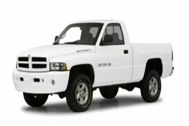 Dodge Ram Pickup 2001